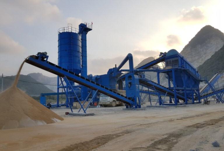 Sản xuất cát nhân tạo